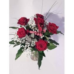 6 rote Rosen mit Herz und...